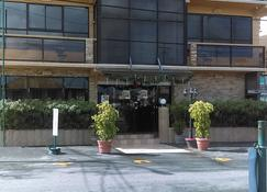 The Opus - Georgetown - Edificio
