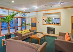 Comfort Hotel Flames Whangerei - Whangarei - Lobby