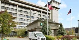 Embassy Suites - Columbus - Columbus - Building