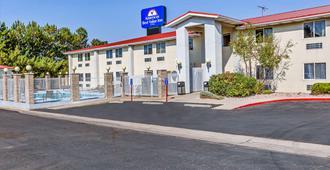 Americas Best Value Inn Cedar City - Cedar City - Bygning