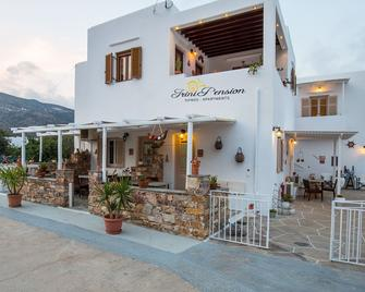 Irini pension - Platis Gialos - Building