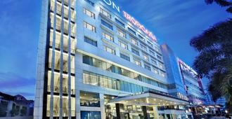 アストン トロピカーナ ホテル バンドン - バンドン