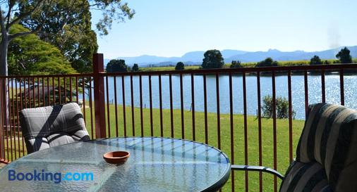 Tweed River Motel - Murwillumbah - Balcony