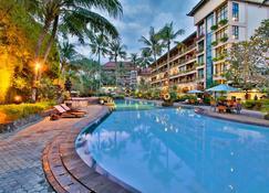 The Jayakarta Yogyakarta - Yogyakarta - Pool