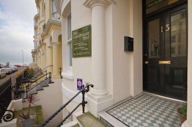 The Guesthouse East - Eastbourne - Outdoor view