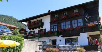 Deva Hotel Sonnleiten - Reit im Winkl - Bâtiment