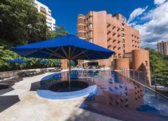 Hotel Dann Carlton Belfort Medellin - Medellín - Pool