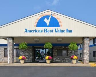 Americas Best Value Inn La Crosse - La Crosse - Gebouw