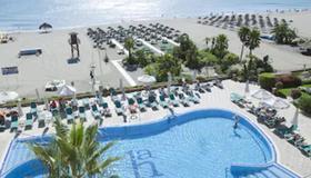 阿瑪拉瓜酒店 - 托雷莫里諾斯 - 托雷莫利諾斯 - 游泳池