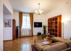 Old Riga Apartments - Riga - Living room