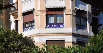 Pensión Alameda - San Sebastian - Building