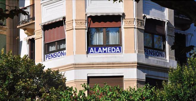 Pension Alameda - San Sebastian - Building