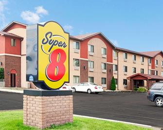 Super 8 by Wyndham Romeoville Bolingbrook - Romeoville - Gebouw