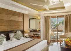 Kandy City Hotel By Earl's - Kandy - Bedroom