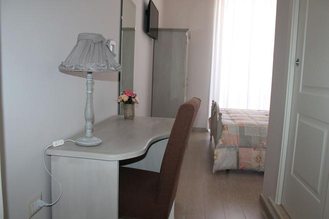 Bed & Breakfast Paura - Naples - Bathroom