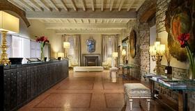 Brunelleschi Hotel - Firenze - Reception