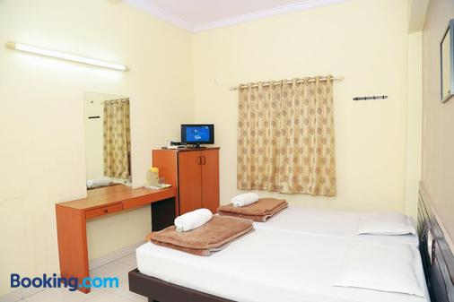 Hotel Geetanjali - Hyderabad - Bedroom