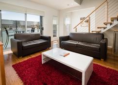 Charlestown Executive Apartments - Charlestown - Salon