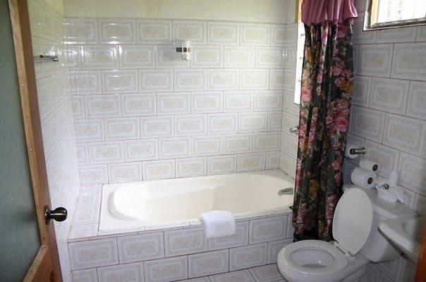 Finca Valverde's - Siquirres - Bathroom