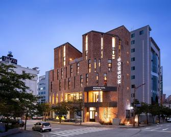 Gangneung Boutique Hotel Bombom - Gangneung - Edificio
