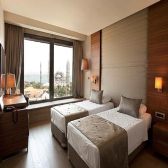 Hotel Arcadia Blue Istanbul - Istanbul - Phòng ngủ