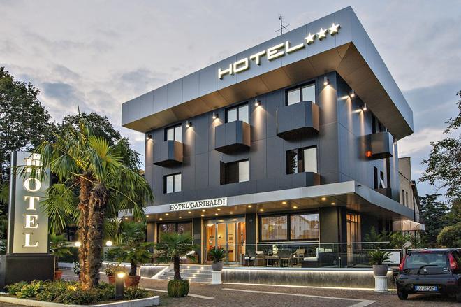 Hotel Garibaldi - Padua - Edificio