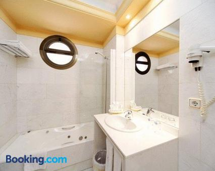 Don Pio - Madrid - Bathroom