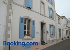Maison Richet - Les Sables-d'Olonne - Building