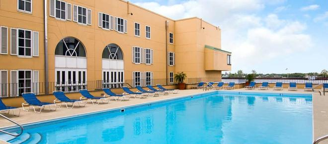 Hilton New Orleans Riverside - New Orleans - Pool