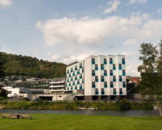 Quality Hotel Sogndal - Sogndal Haukasen - Gebouw