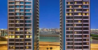 Atana Hotel - Dubai - Building
