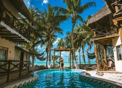 Holbox Dream Beach Front Hotel by Xperience Hotels - Holbox - Pool
