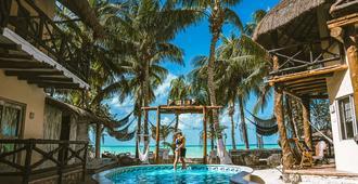 Holbox Dream Beach Front Hotel - Holbox - Pool