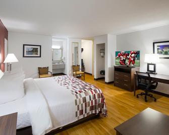 南卡羅來納安德森紅屋頂套房飯店 - 安德森(南卡羅來納州) - 臥室