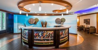 Best Western Premier Toronto Airport Carlingview Hotel - Toronto - Resepsjon