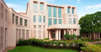 Taj Santacruz - מומבאי