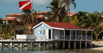 Las Terrazas Resort and Residences - San Pedro Town - Edificio