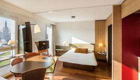 Aparthotel Adagio Nantes Centre - Nantes - Bedroom
