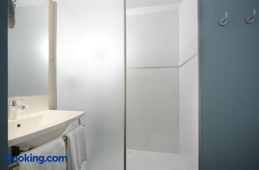 Hôtel Baudouin - Valenciennes - Bathroom