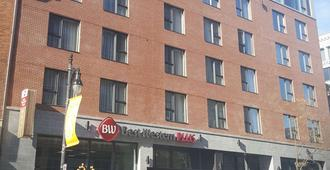 Best Western Plus Hotel Montreal - Montreal - Building