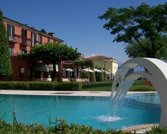 Hotel Fonte Boiola - Sirmione - Pool
