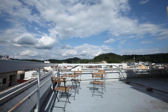 Sora-Ama Hostel - Takayama - Balcone