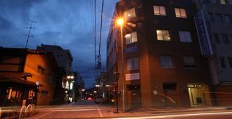 Sora-Ama Hostel - Takayama - Building