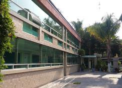 Hotel Cuellar - Tula - Building