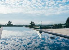 Villa Epicurea - Sesimbra - Pool