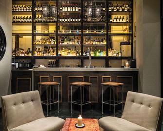 H10 Itaca - Barcelona - Bar