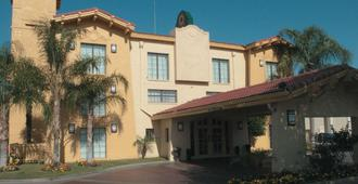 La Quinta Inn by Wyndham Bakersfield South - Bakersfield - Edificio