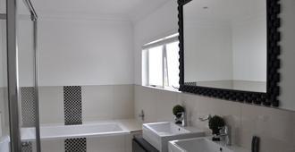 34 on Milkwood - Durban - Bathroom
