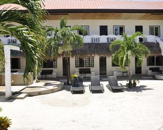 Little Mermaid Dive Resort - Daanbantayan - Building