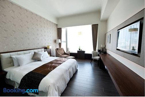 Yuh Tong Hotel - Chiayi City - Phòng ngủ